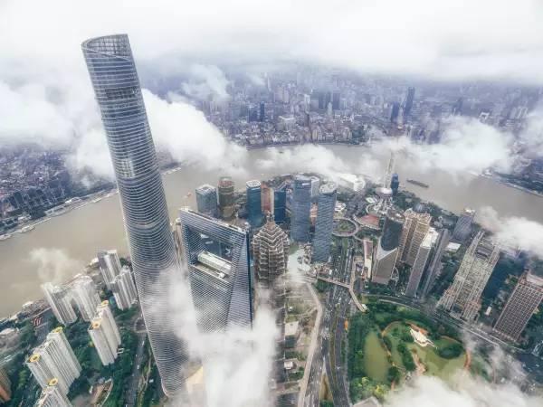 用无人机拍摄城市有哪些好的角度