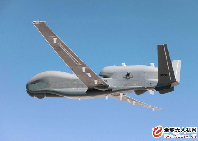 """美国空军一架""""全球鹰""""无人机改装为战场空中通信节点配置"""