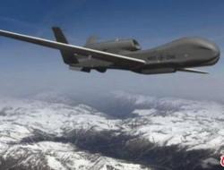 """美国空军一架""""全球鹰""""无人机在加利福尼亚山区"""