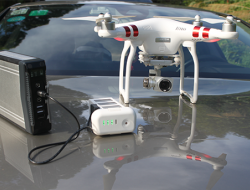 无人机移动电源(无人机充电宝)问世,再也不用