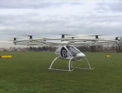 自动驾驶大型载人无人机Volocopter,年底登陆迪