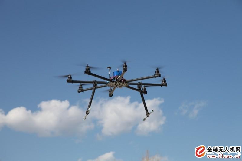 无人机小区里飞翔也是违法