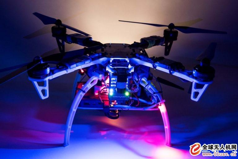 无人机--美国研制新型无人机辅助导航技术