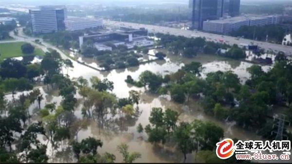 无人机助力美国飓风救援