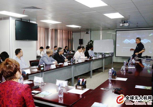 """向世界展示中国技术!""""一带一路""""合洽会代表参观大疆无人机和华大基因"""