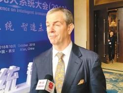 访美国国际无人机系统协会主席兼CEO布莱恩·韦恩